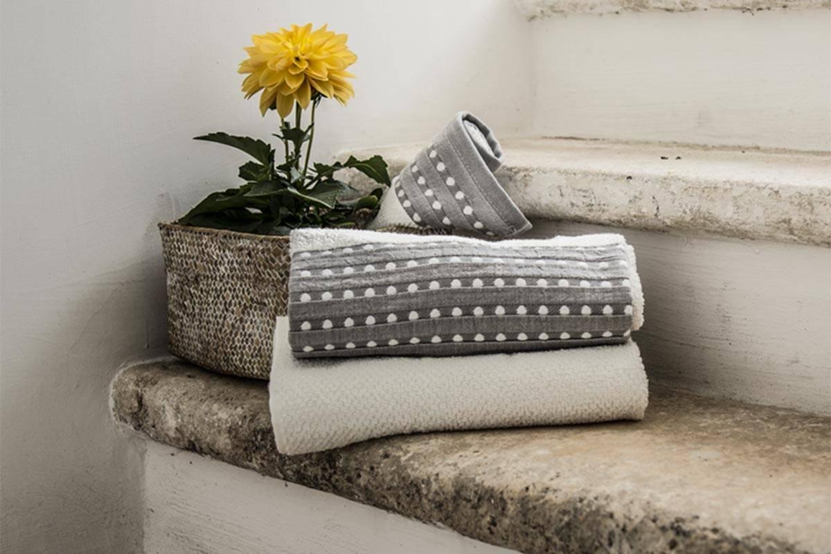 Come Fare Bidet A Letto come scegliere gli asciugamani per la casa - carillo home blog