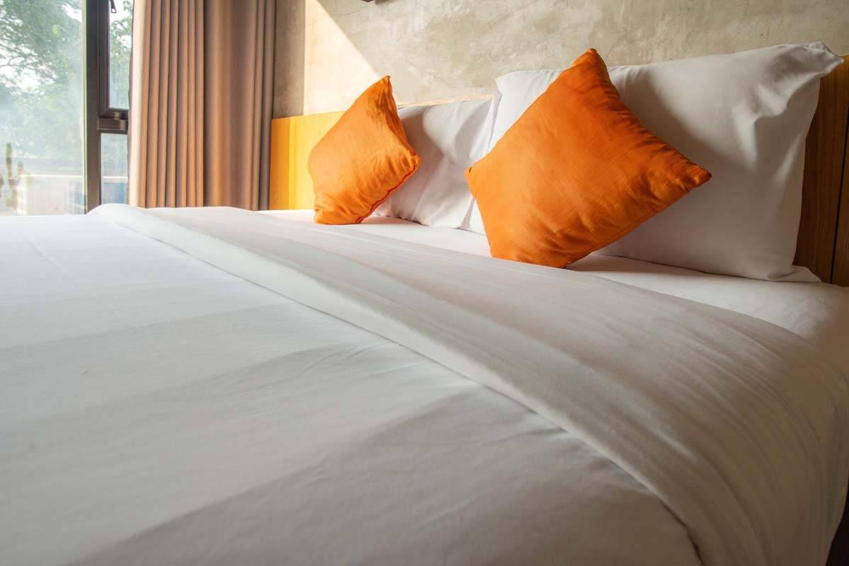 cuscini sul letto