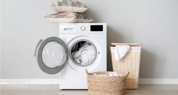 lavare biancheria in lavatrice